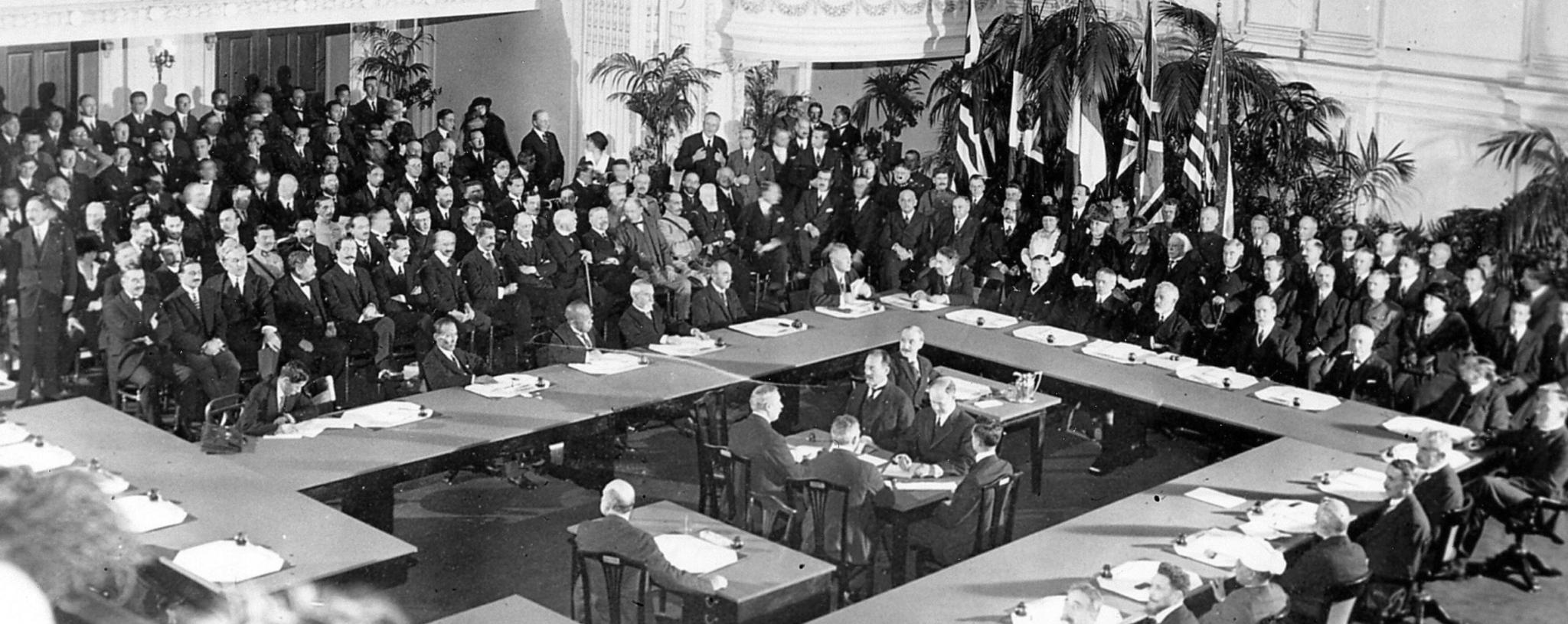 100 let od Versailleské mírové smlouvy